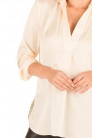 By Malene Birger | Zijden blouse Ayoh | naturel  | Afbeelding 7