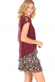 IRO   Linnen T-shirt met lace-up Amery   wijnrood    Afbeelding 4