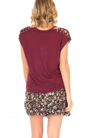 IRO | Linnen T-shirt met lace-up Amery | wijnrood  | Afbeelding 5