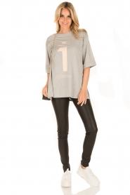 ELISABETTA FRANCHI   Oversized T-shirt Grigio Melange   grijs    Afbeelding 3