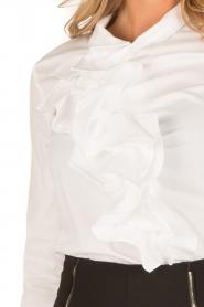 ELISABETTA FRANCHI | Blouse met ruffles Bianco | wit  | Afbeelding 7