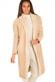 Ruby Tuesday | Tweezijdige lammy coat Winona | camel  | Afbeelding 2