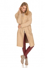 Ruby Tuesday | Tweezijdige lammy coat Winona | camel  | Afbeelding 8