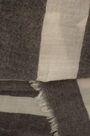 Ruby Tuesday | Wollen sjaal Firy | grijs  | Afbeelding 3