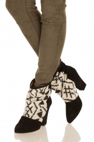 Howsty |  Suede ankle boots Goda | black  | Picture 2