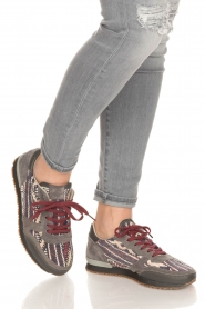 Howsty | Leren sneakers Naaz | grijs  | Afbeelding 2
