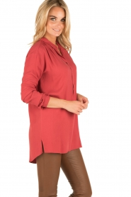Knit-ted | Blouse Ivy | rood  | Afbeelding 4
