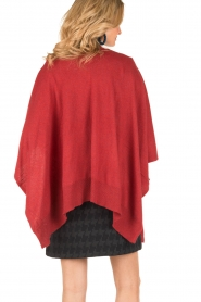 Knit-ted | Wrap poncho Tara | rood  | Afbeelding 6