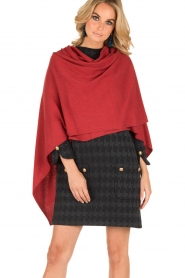 Knit-ted | Wrap poncho Tara | rood  | Afbeelding 4