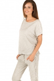 Juvia | T-shirt Lisa | grijs  | Afbeelding 4