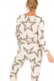 Juvia | Sweatshirt Yentl Stars | wit  | Afbeelding 5
