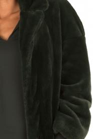 Tara Jarmon | Faux fur jas Canard | groen  | Afbeelding 6