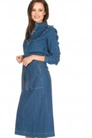 Leon & Harper | Denim blouse met ruches Cognac | blauw  | Afbeelding 4