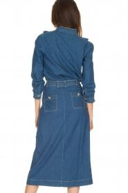 Leon & Harper | Denim blouse met ruches Cognac | blauw  | Afbeelding 5