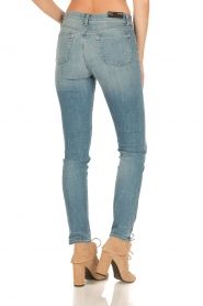 J brand | Mid-rise Skinny Leg | adventure blauw  | Afbeelding 5