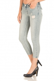 J brand |  Low waist skinny cropped | light blue  | Picture 4