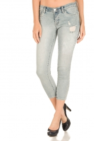 J brand |  Low waist skinny cropped | light blue  | Picture 2