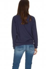 Zoe Karssen | Sweater Don't Call Me Baby | blauw  | Afbeelding 5