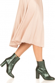 L'Autre Chose |  Metallic leather ankle boot Dakota | green  | Picture 2
