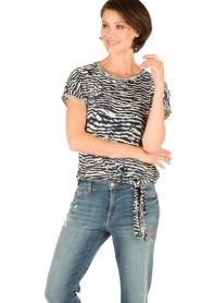 Aaiko | Top Alyona Zebra | blauw  | Afbeelding 2