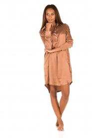 Sunday in Bed | Zijden nachthemd Sarah | bruin  | Afbeelding 3