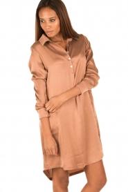 Sunday in Bed | Zijden nachthemd Sarah | bruin  | Afbeelding 4
