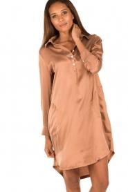 Sunday in Bed | Zijden nachthemd Sarah | bruin  | Afbeelding 2