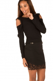 Patrizia Pepe | Cut-out trui Lavinia | zwart  | Afbeelding 2