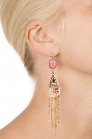 Satellite Paris | 14k verguld gouden oorbellen met kettingen | roze  | Afbeelding 3
