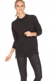 Varley | Sweater Manning | zwart  | Afbeelding 2