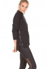 Varley | Sweater Manning | zwart  | Afbeelding 4