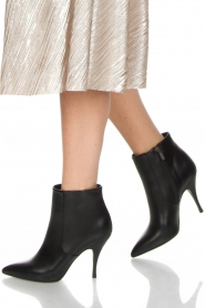 Morobé |  Leather ankle boots Lio | black  | Picture 2