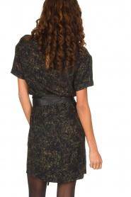 IKKS | Camouflageprint jurk met leren riem Armée | groen  | Afbeelding 5
