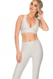Varley |  Sports bra Brooks Crop | off-white  | Picture 5