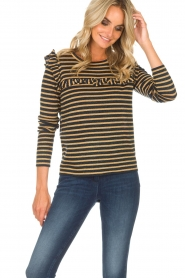Munthe |  Top with ruffles Providence | gold  | Picture 2