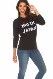 Zoe Karssen | Sweatshirt Big in Japan | zwart  | Afbeelding 2