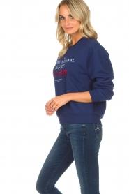 Zoe Karssen | Sweatshirt International | blauw  | Afbeelding 4