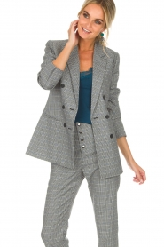 Aaiko |  Checkered blazer Cinta | grey  | Picture 4