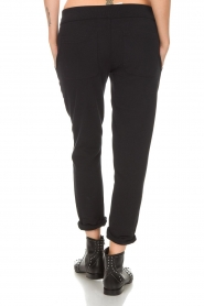 Juvia |  Sweatpants Hill | black  | Picture 5