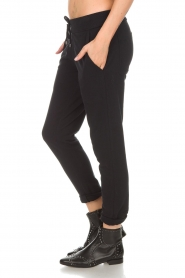 Juvia |  Sweatpants Hill | black  | Picture 4