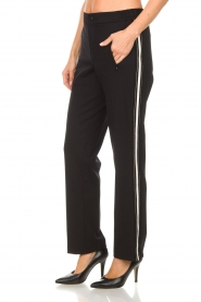 Set |  Sporty trousers with side stripe Lina | black  | Picture 5