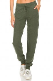 Not Shy |  Cashmere sweatpants Pauline | green  | Picture 3