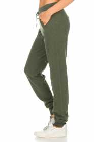 Not Shy |  Cashmere sweatpants Pauline | green  | Picture 4
