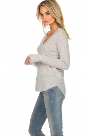 Not Shy |  Cashmere sweater Edith | light grey  | Picture 4