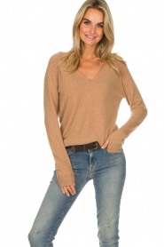 Not Shy |  Cashmere sweater Edith | camel  | Picture 2
