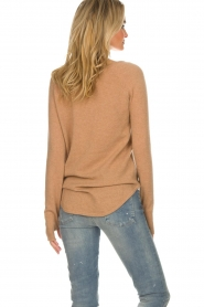 Not Shy |  Cashmere sweater Edith | camel  | Picture 5