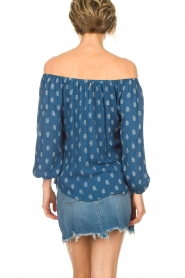 BEACHGOLD | Off-shoulder top Maisey | blauw  | Afbeelding 5