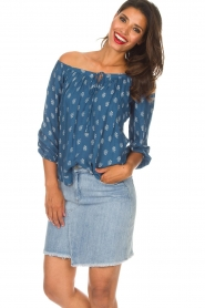 BEACHGOLD |  Off-shoulder top Maisey | blue  | Picture 2