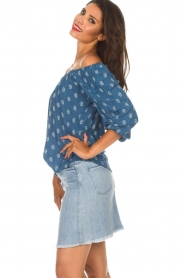 BEACHGOLD |  Off-shoulder top Maisey | blue  | Picture 5