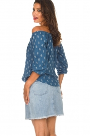 BEACHGOLD |  Off-shoulder top Maisey | blue  | Picture 6